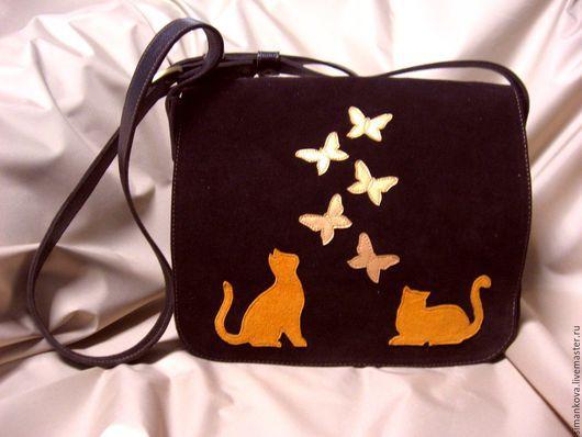 Женские сумки ручной работы. Ярмарка Мастеров - ручная работа. Купить Замшевая сумочка кошки-бабочки. Handmade. Коричневый