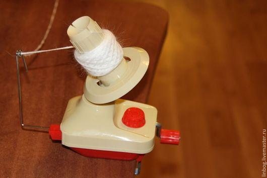 Вязание ручной работы. Ярмарка Мастеров - ручная работа. Купить Моталка для пряжи. Handmade. Ярко-красный, вязание инструменты