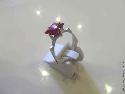 Кольца ручной работы. Ярмарка Мастеров - ручная работа. Купить Кольцо авангардное с рубином в серебре. Handmade. Ярко-красный