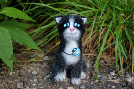 Игрушки животные, ручной работы. Ярмарка Мастеров - ручная работа. Купить Котик Мурлыка ( игрушка из шерсти). Handmade. Кот