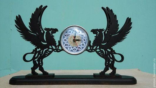 Часы для дома ручной работы. Ярмарка Мастеров - ручная работа. Купить Часы - грифоны. Handmade. Часы, прорезная резьба, для интерьера