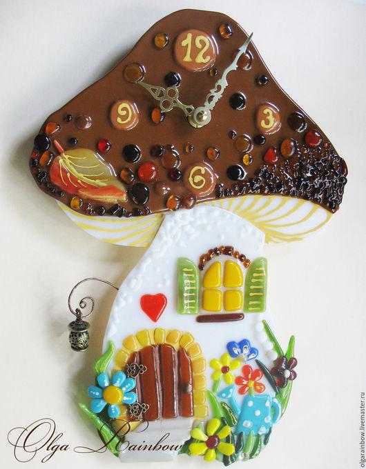 """Часы для дома ручной работы. Ярмарка Мастеров - ручная работа. Купить Часы фьюзинг """"Сказочный домик"""". Handmade. Комбинированный"""