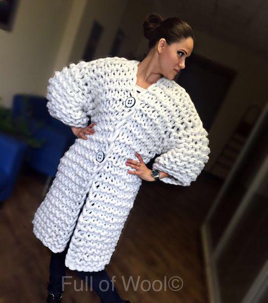 Кофты и свитера ручной работы. Ярмарка Мастеров - ручная работа. Купить Вязаный Кардиган крупной вязки из мериноса белый. Handmade.