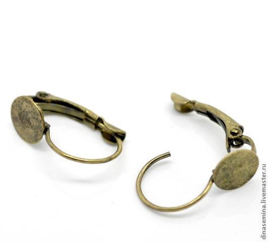 Основа для серег с диском.21 мм в длину, диаметр диска 8 мм.малые 1 пара - 12руб. Швензы английский замок с площадкой
