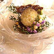 Цветы и флористика ручной работы. Ярмарка Мастеров - ручная работа Жемчужина из живых цветов, ракушка, подарок на свадьбу, букет. Handmade.