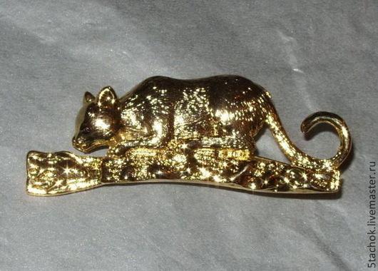 """Винтажные украшения. Ярмарка Мастеров - ручная работа. Купить Брошь """"Кошка и рыбка"""" под золото (США). Handmade. Оранжевый, ajc"""