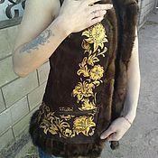 """Шубы ручной работы. Ярмарка Мастеров - ручная работа Жилет """"Хохлома"""" с отделкой из норки. Handmade."""