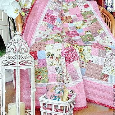 Для дома и интерьера ручной работы. Ярмарка Мастеров - ручная работа Детский лоскутный плед Розовые Грёзы лоскутное одеяло в горошек. Handmade.