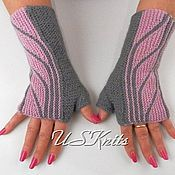 Аксессуары handmade. Livemaster - original item Knitted fingerless gloves gray pink. Handmade.