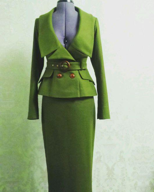 Костюмы ручной работы. Ярмарка Мастеров - ручная работа. Купить Деловой костюм из шерстяной ткани в стиле 40-50 годов.. Handmade.