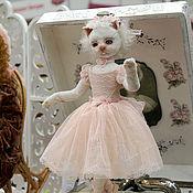 Куклы и игрушки ручной работы. Ярмарка Мастеров - ручная работа Розовый зефир - кошка балерина. Handmade.