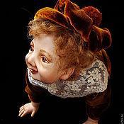 Куклы и игрушки ручной работы. Ярмарка Мастеров - ручная работа Фарфоровая кукла. маленький озорник. Handmade.