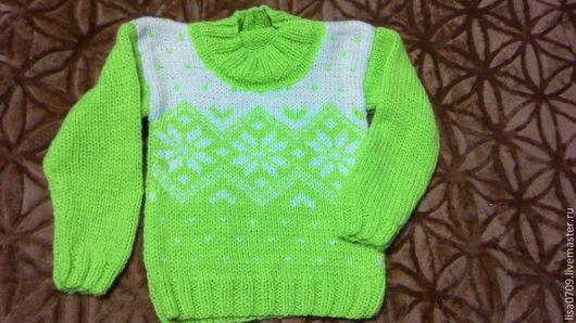 Одежда унисекс ручной работы. Ярмарка Мастеров - ручная работа. Купить детский свитер. Handmade. Салатовый, орнамент, вязание спицами