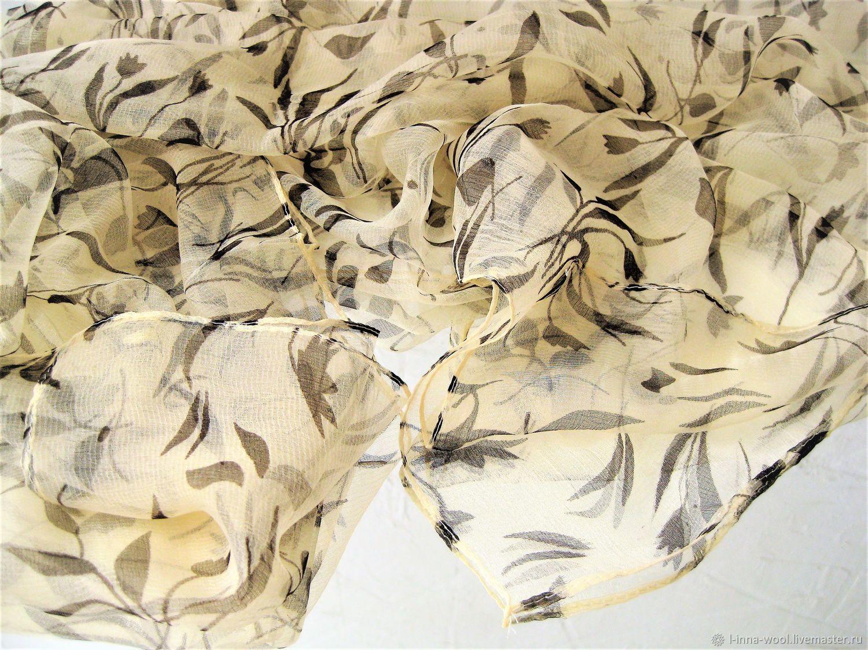 Бежевый с листьями Платок шелк шифон натуральный 100 см на 100см, Валяние, Новосибирск, Фото №1