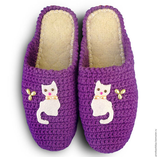 """Обувь ручной работы. Ярмарка Мастеров - ручная работа. Купить Вязаные женские тапочки """"Кисуня"""". Handmade. Фиолетовый, тапочки домашние"""