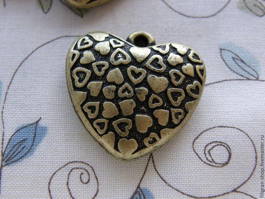 """Для украшений ручной работы. Ярмарка Мастеров - ручная работа. Купить Кулон  """"Love heart"""" бронза. Handmade. Хаки, сердце"""