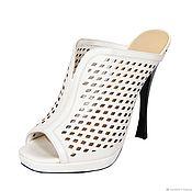 handmade. Livemaster - original item White sandals-clogs from genuine perforated leather. Handmade.