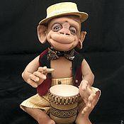 Куклы и игрушки ручной работы. Ярмарка Мастеров - ручная работа Обезьянка барабанщик с бонго. Handmade.