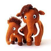 Куклы и игрушки ручной работы. Ярмарка Мастеров - ручная работа Мамонты вязаные семья   (вязаные игрушки мамонты/мамонтята) в подарок. Handmade.