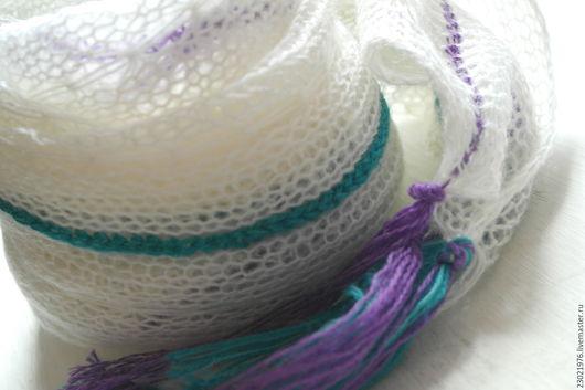 Шарфы и шарфики ручной работы. Ярмарка Мастеров - ручная работа. Купить шарф Нежность крокусов. Handmade. Белый, мохеровый шарф