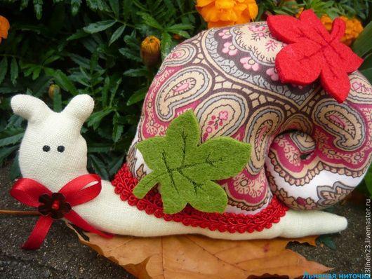 Куклы Тильды ручной работы. Ярмарка Мастеров - ручная работа. Купить Улитка Тильда Осень. Handmade. Ярко-красный, зеленый