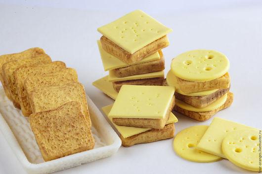 Еда ручной работы. Ярмарка Мастеров - ручная работа. Купить Тосты с сыром. Handmade. Еда для кукол, игрушечная еда