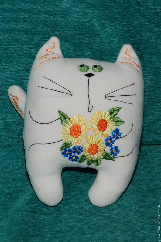 Игрушки животные, ручной работы. Ярмарка Мастеров - ручная работа. Купить Кот с букетом. Handmade. Белый, котик, цветы