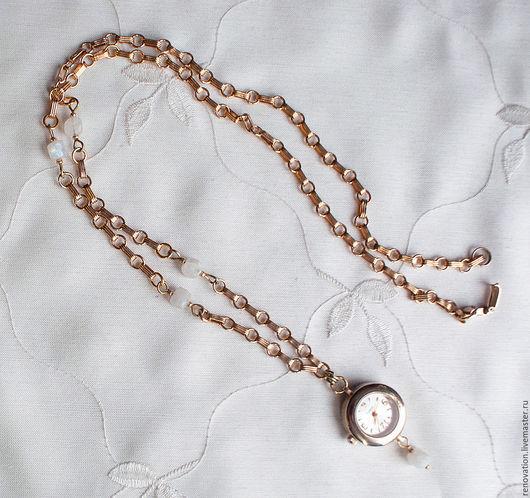 """Часы ручной работы. Ярмарка Мастеров - ручная работа. Купить часы-кулон """"Лунные часы"""". Handmade. Золотой, украшение на шею"""