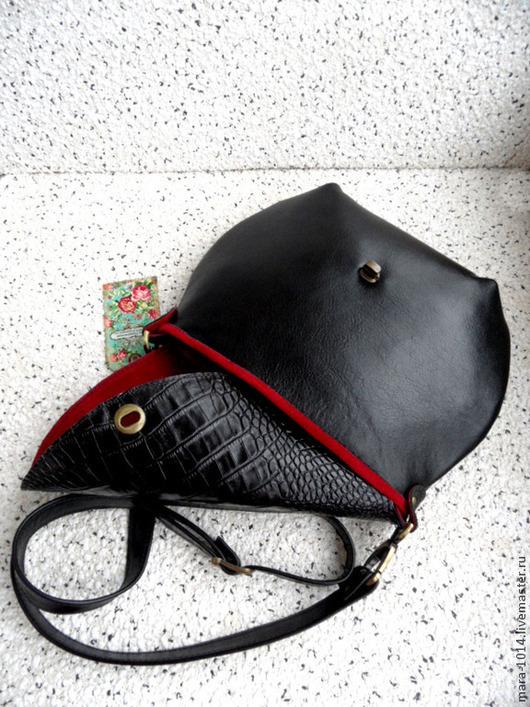 Женские сумки ручной работы. Ярмарка Мастеров - ручная работа. Купить КРАСНОЕ И ЧЕРНОЕ кожаная сумочка на длинном ремешке. Handmade.