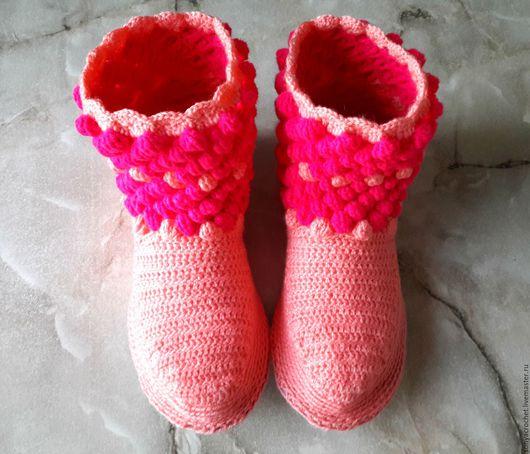 Обувь ручной работы. Ярмарка Мастеров - ручная работа. Купить Домашние сапожки. Handmade. Розовый, домашняя одежда, теплый подарок