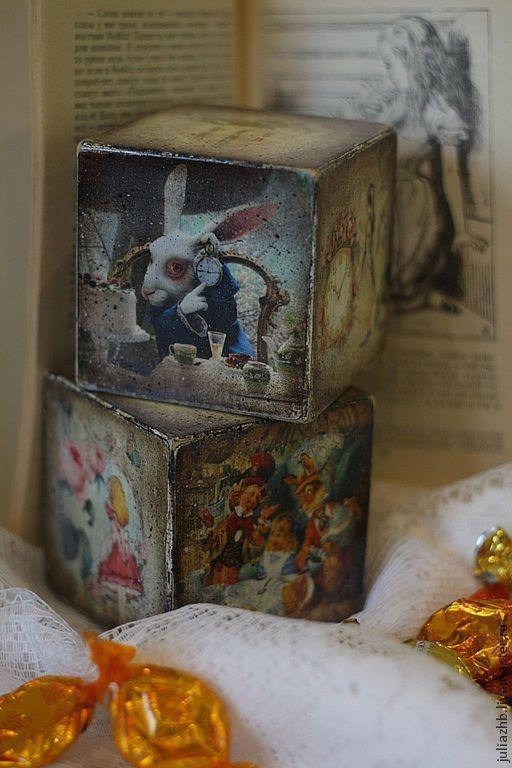 Персональные подарки ручной работы. Ярмарка Мастеров - ручная работа. Купить Ах, Алиса - кубики-открытки. Handmade. дерево