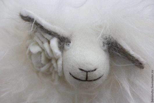 Игрушки животные, ручной работы. Ярмарка Мастеров - ручная работа. Купить Белая и пушистая овечка.. Handmade. Белый, гол овцы