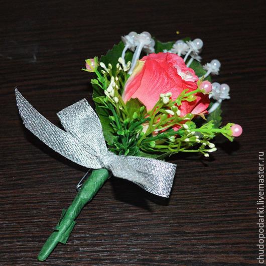 Украшения для мужчин, ручной работы. Ярмарка Мастеров - ручная работа. Купить Бутоньерка в петлицу из искусственной розы. Handmade. Бутоньерка для жениха