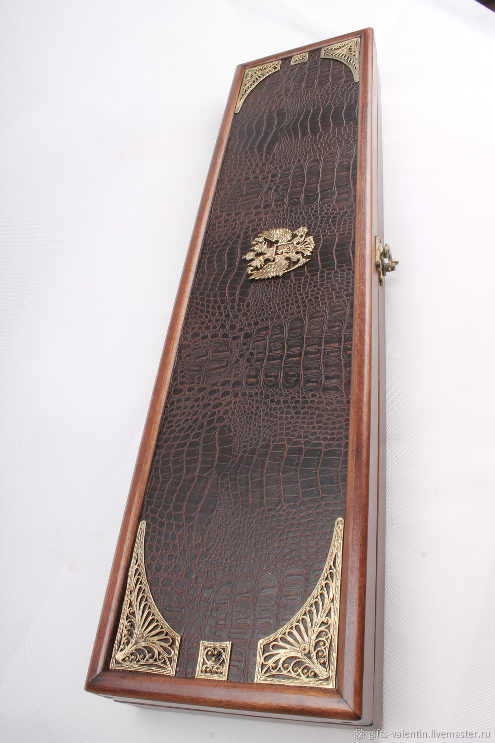 Case 'Exclusive' with filigree inserts, with coat of arms, Panels, Vacha,  Фото №1