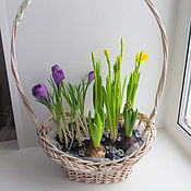 Цветы и флористика ручной работы. Ярмарка Мастеров - ручная работа весенняя корзинка с цветами. Handmade.