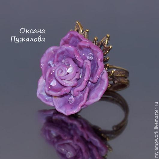 Крупное  Кольцо цветок женское стеклянное `Сиреневая роза`