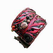 Браслет из бусин ручной работы. Ярмарка Мастеров - ручная работа Эффект широкий браслет с шибори камнями бусинами Алёна Ковалёва. Handmade.