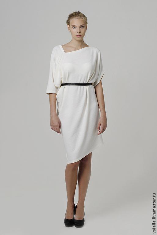 Платье бело красное как рафаэлка