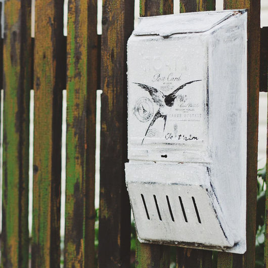 Экстерьер и дача ручной работы. Ярмарка Мастеров - ручная работа. Купить Винтажный почтовый ящик «Post card». Handmade. Белый