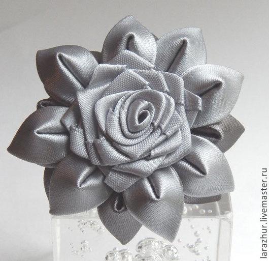 """Заколки ручной работы. Ярмарка Мастеров - ручная работа. Купить """"Grey""""  Резинка для волос с цветами. Handmade. Резинка с цветком"""