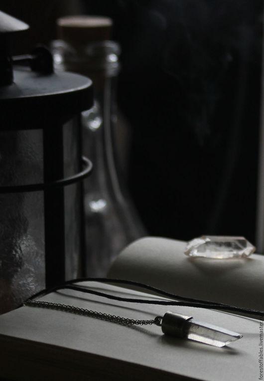 Кулоны, подвески ручной работы. Ярмарка Мастеров - ручная работа. Купить Кулон из нейзильбера с кристаллом горного хрусталя.. Handmade. Белый