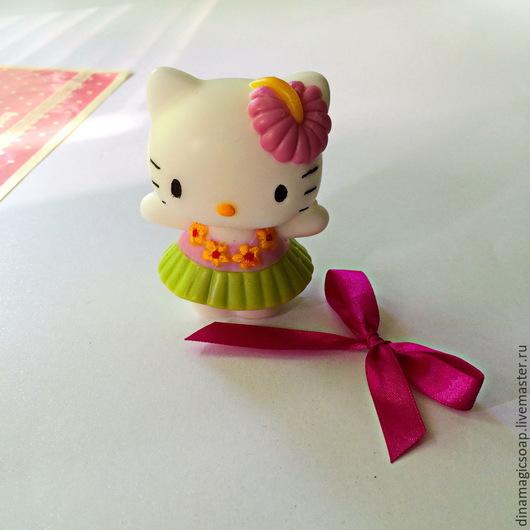 Мыло ручной работы. Ярмарка Мастеров - ручная работа. Купить мыло Hello Kitty. Handmade. Разноцветный, мыло для детей