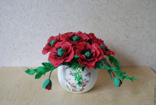 """Интерьерные композиции ручной работы. Ярмарка Мастеров - ручная работа. Купить Цветочная композиция """"Красные маки"""" из фоамирана. Handmade."""