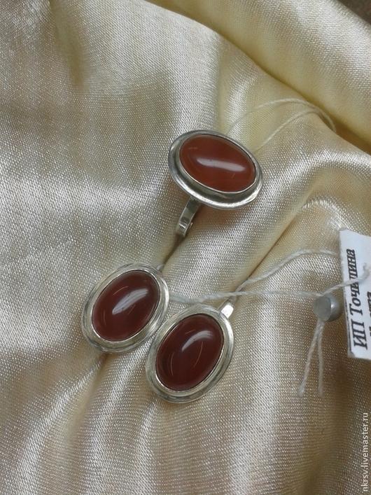 Сердолик яркий в серебре комплект украшений.