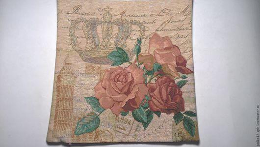 Чехол гобеленовый ` Королевские розы`. Размер 38*38 см.