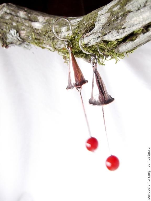 """Серьги ручной работы. Ярмарка Мастеров - ручная работа. Купить Серьги """"Колокольчик на ветру"""". Handmade. Медь, лес, мох, медь"""