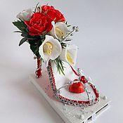 Кулинарные сувениры ручной работы. Ярмарка Мастеров - ручная работа Туфелька из конфет. Handmade.
