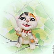 Куклы и игрушки ручной работы. Ярмарка Мастеров - ручная работа Счастливый котенок Ичимару-сан ( манеки-неко).. Handmade.