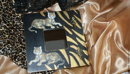 Зеркала ручной работы. Ярмарка Мастеров - ручная работа Зеркало-вешалка-ключница,,Тигры в ночи,,.-ключница для любителей семей. Handmade.