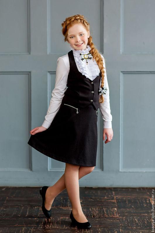 Для подростков, ручной работы. Ярмарка Мастеров - ручная работа. Купить Школьная форма для девочки юбка и жилетка черная, синяя (комплект №4). Handmade.